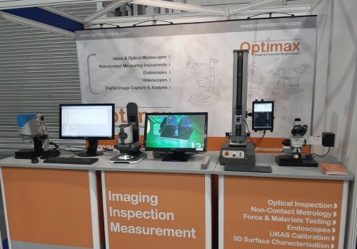 Optimax stand IMM re.jpg